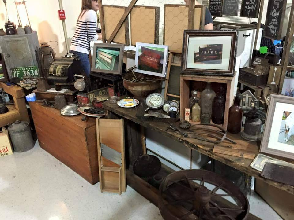 Image: The Vixens of Vintage Market / Facebook