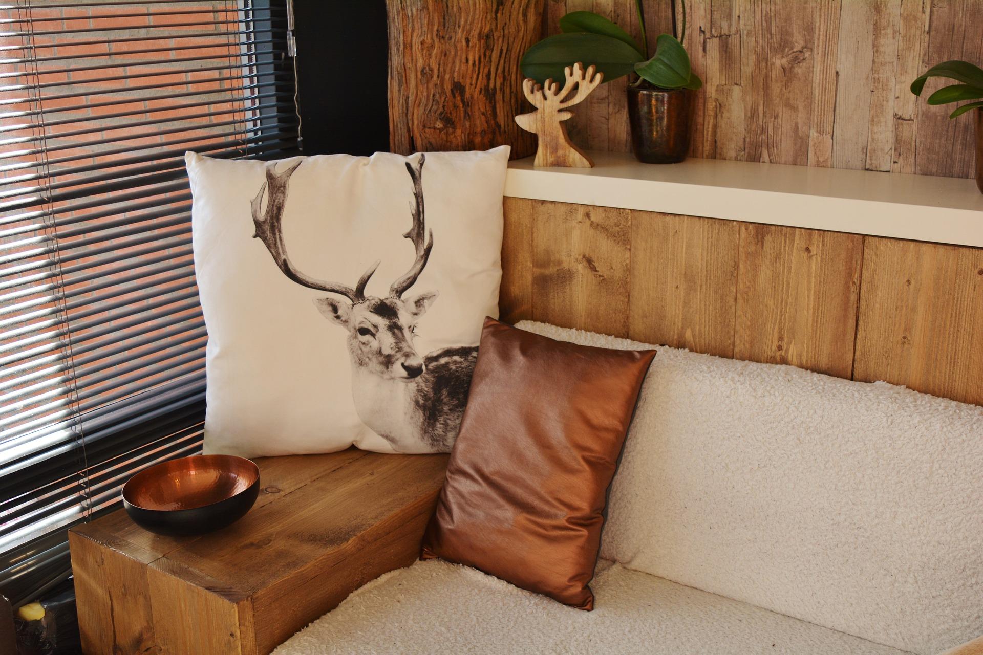 Image: Wooden atmosphere via Shutterstock
