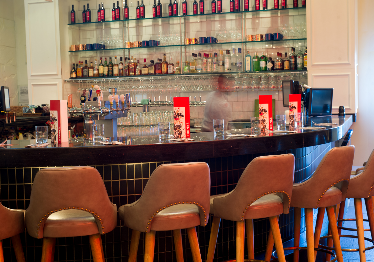 Image: Earls Kitchen + Bar in Willow Park