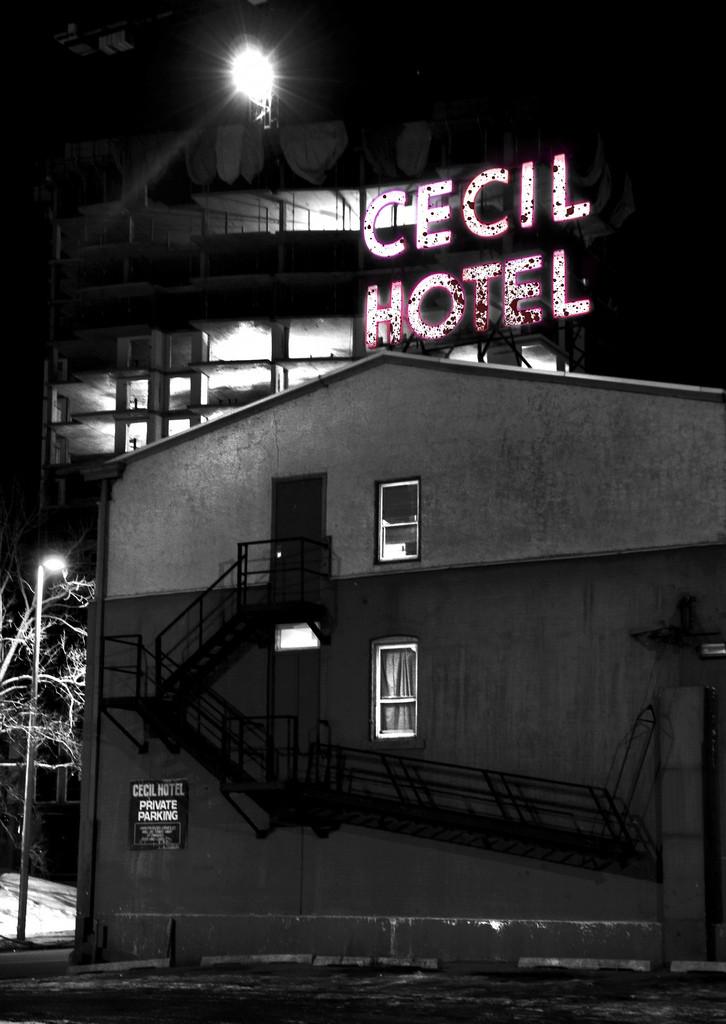 Cecil Hotel in Calgary