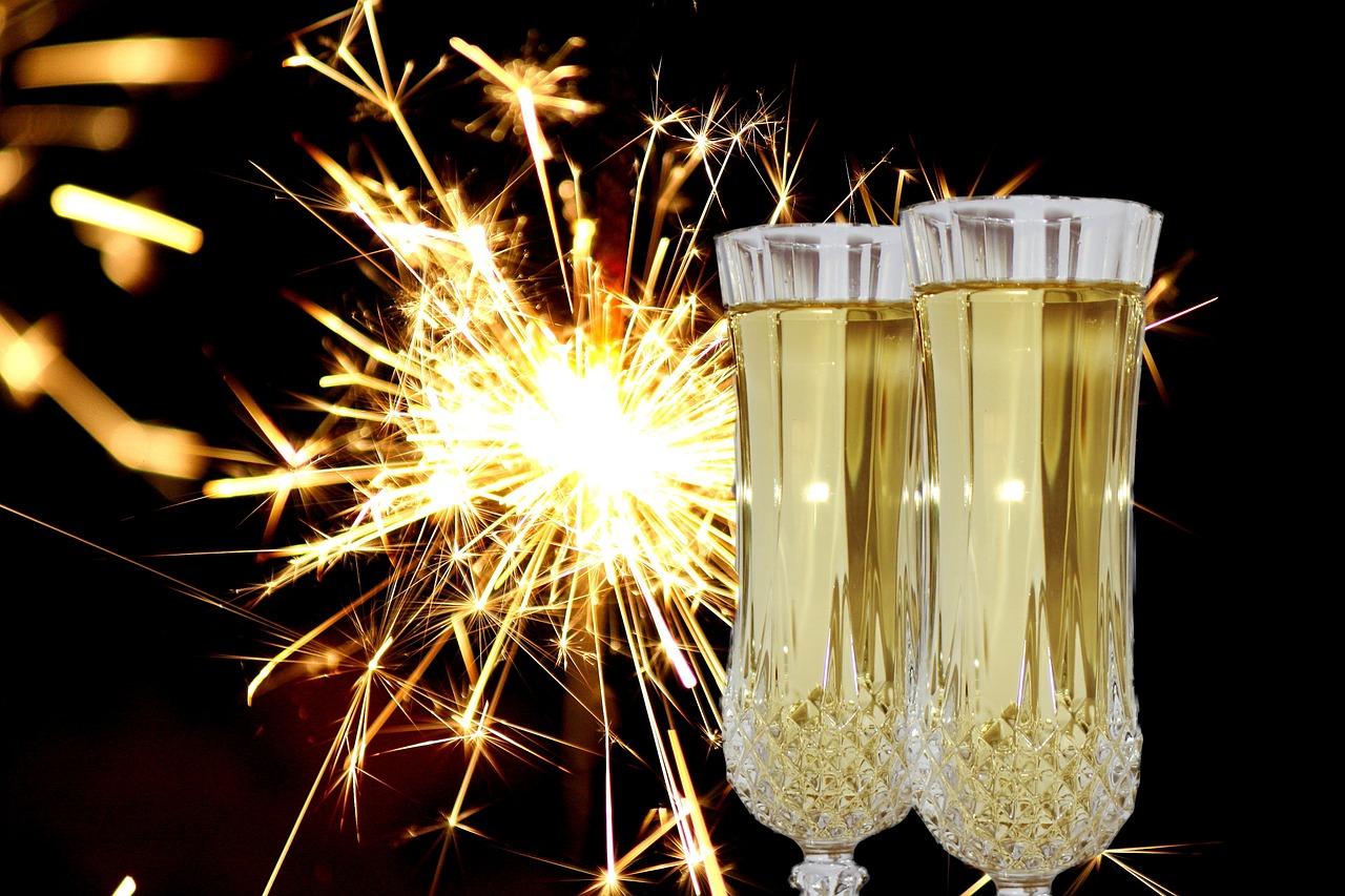 Image: Champagne via Pixabay