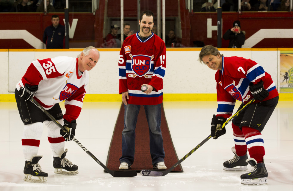 March 13/14 - Hamilton - JUNO CUP 2015 - Ceremonial face-off with NHL Great Mark Napier (L) and Rocker Jim Cuddy. CARAS/iPhoto Photo