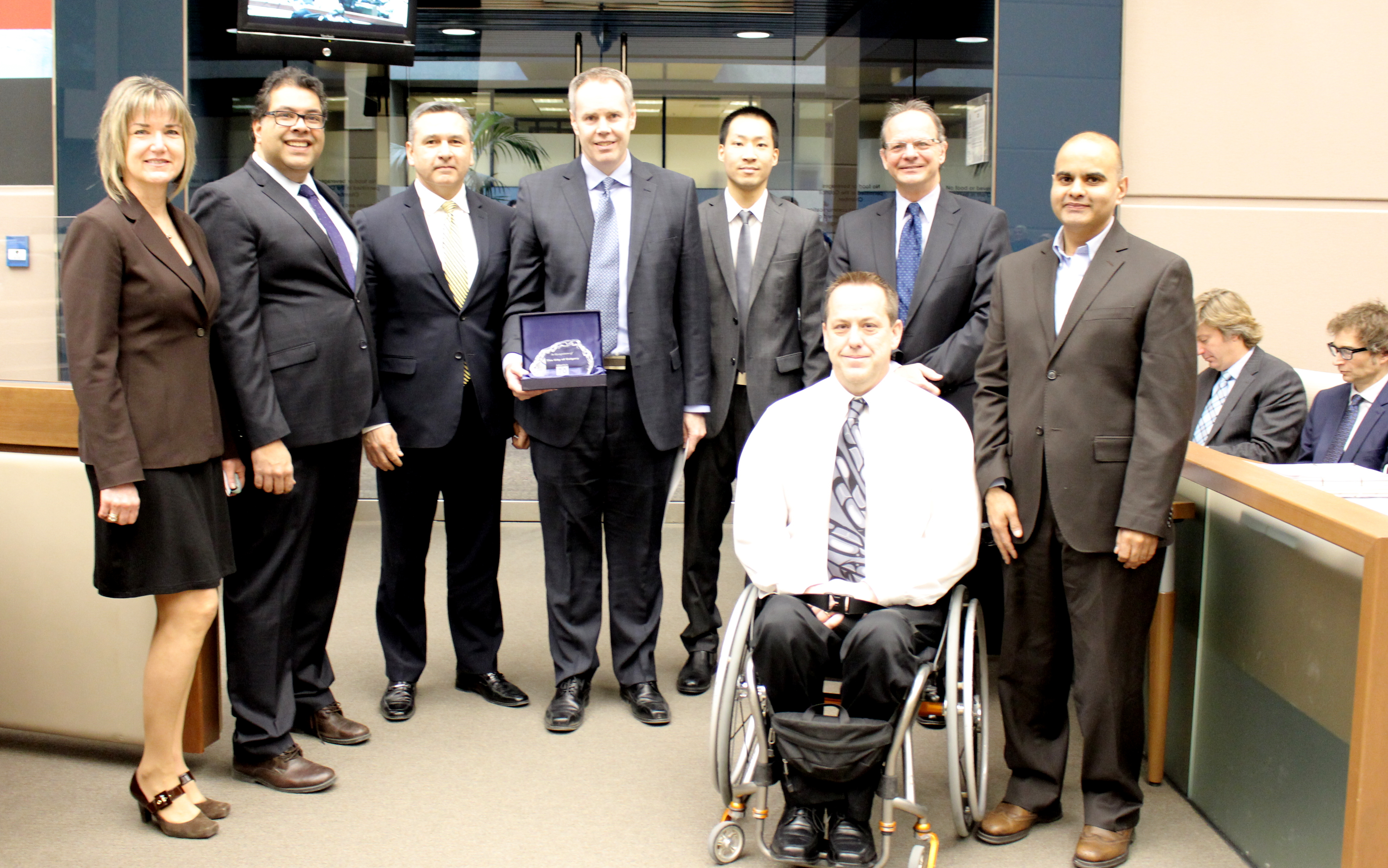 Image: Mayor Naheed Nenshi and City Manager Jeff Fielding with the Top Employers project team - Left to Right: Teresa Steinhauer, Mark Lavallee, Bill Oakes, Jeff Louis, David Fletcher, Ashu Gandhi/ The City of Calgary