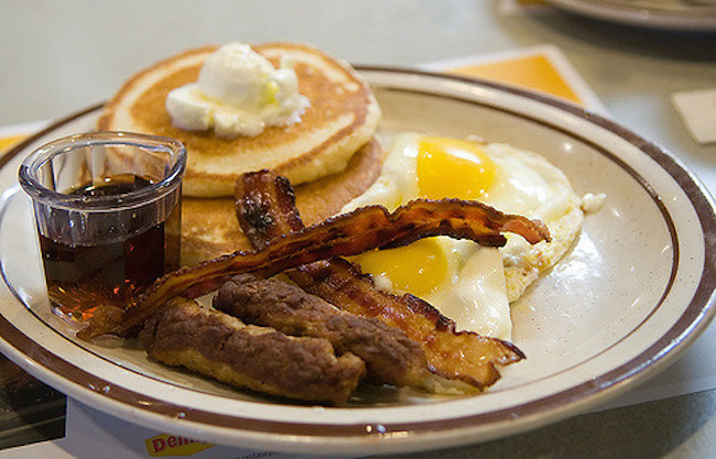 Denny's Grand Slam (Joits/Flickr)