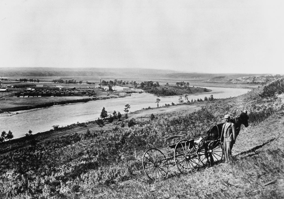 View of Bow River looking west - August 1893 / Image: NA-1172-2 / Glenbow Archives