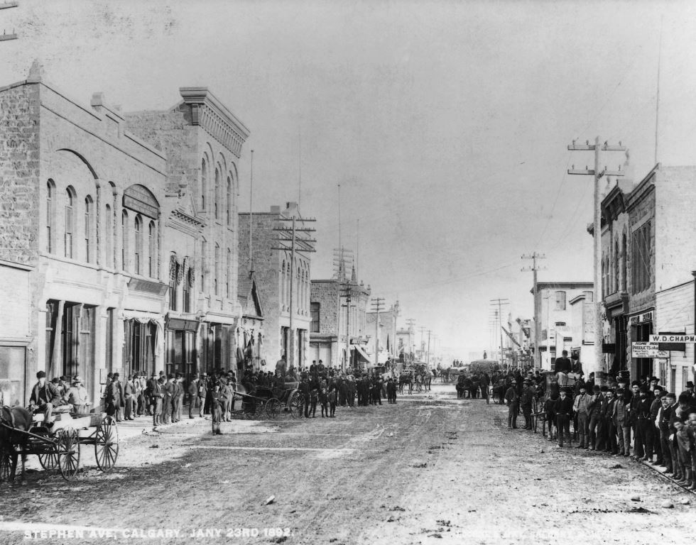 Citizens on Stephen Avenue - January 23, 1892 / Image: NA-1702-7 / Glenbow Archives