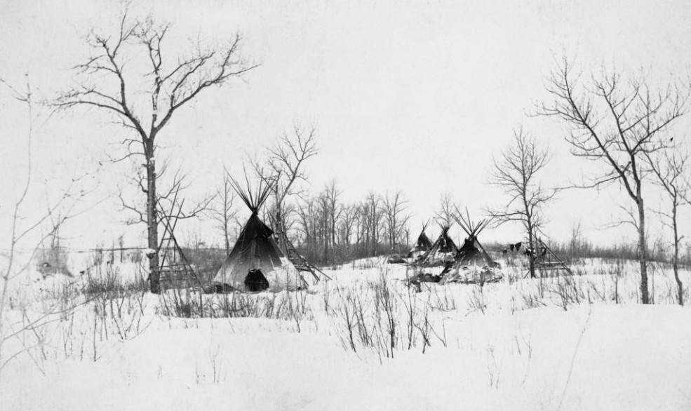 First Nations camp on Elbow River / Image: NA-1753-50 / Glenbow Archives