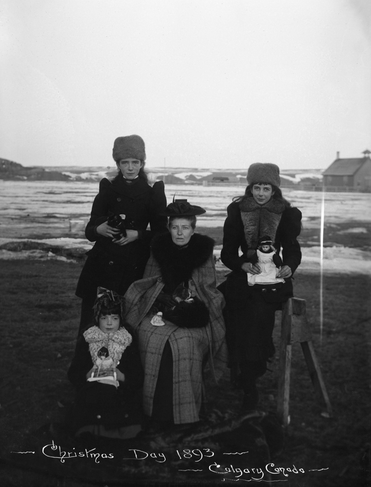 Mrs. George Barclay Bruce and daughters on Christmas - December 25, 1893 / Image: NC-22-69 / Glenbow Archives