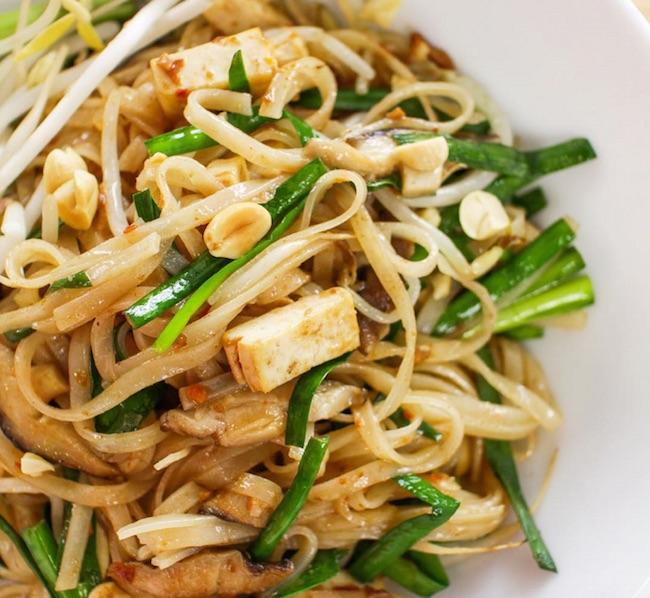 Vegan Pad Thai (@hotthaikitchen/Instagram)
