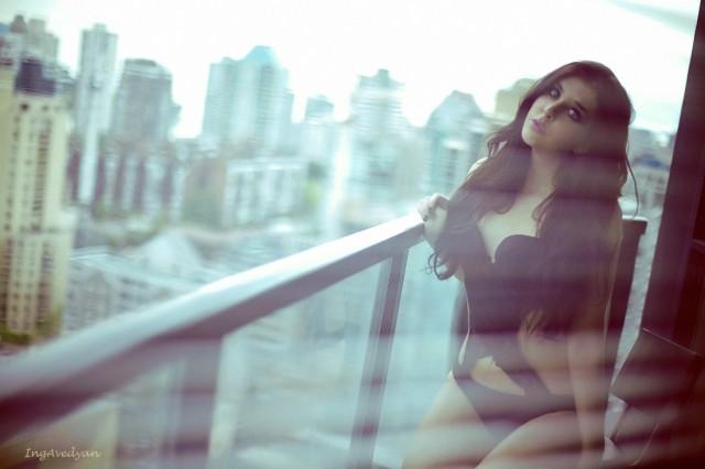 Chloe Roxx Vancouver model