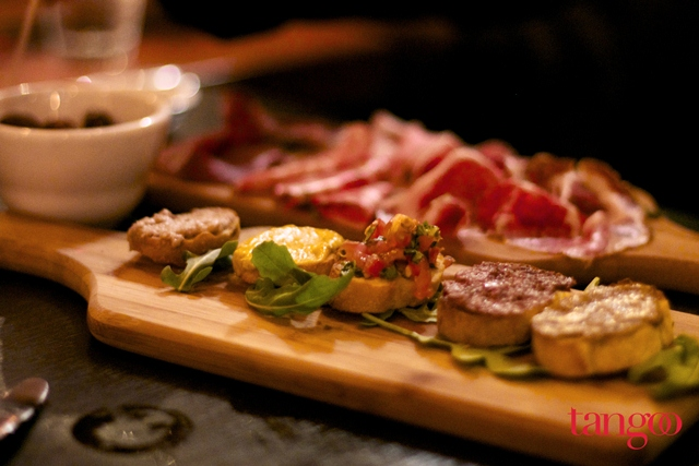 tangoo experience food