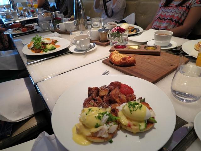 Brunch in Vancouver: Hawksworth Restaurant