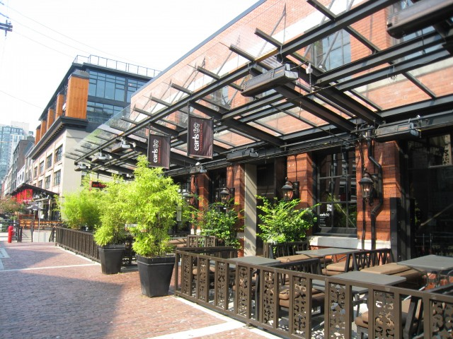 earls patio yaletown