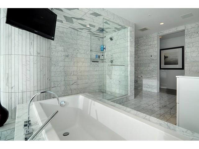 Sub Penthouse Bathroom