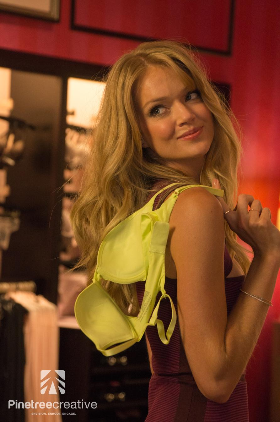 Lindsay Ellingson - Victoria's Secret