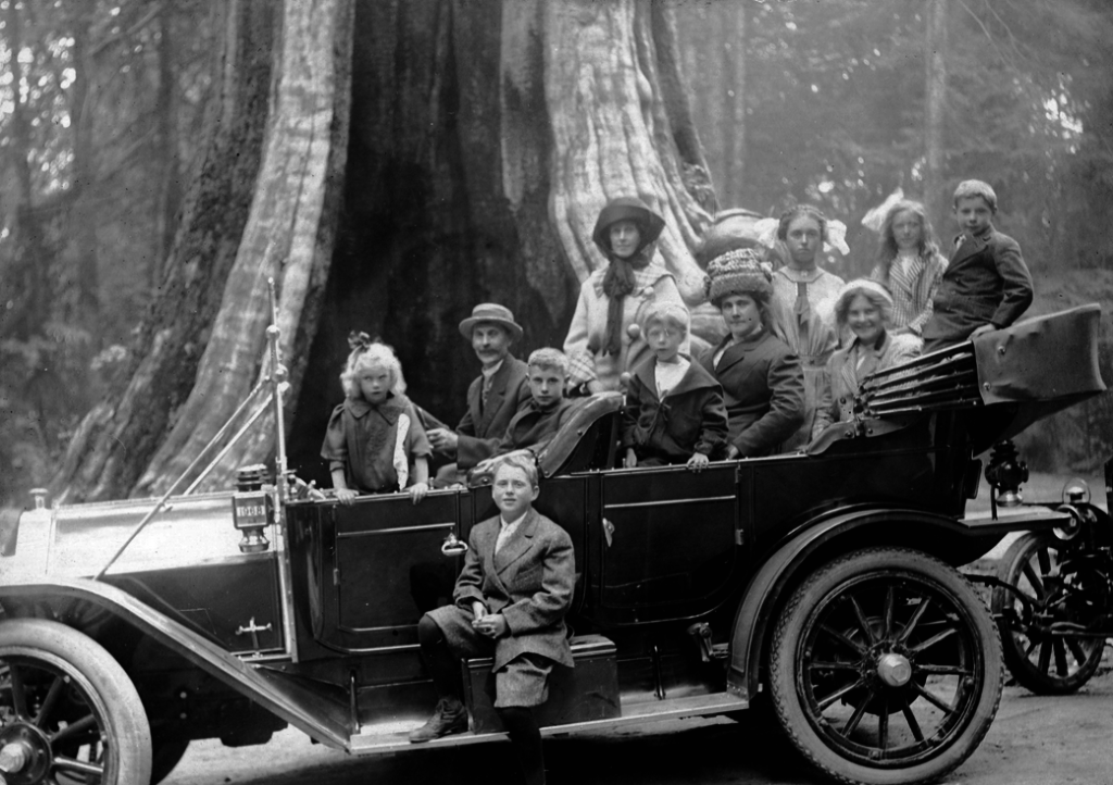 Touring Car in front of Hollow Tree at Stanley Park