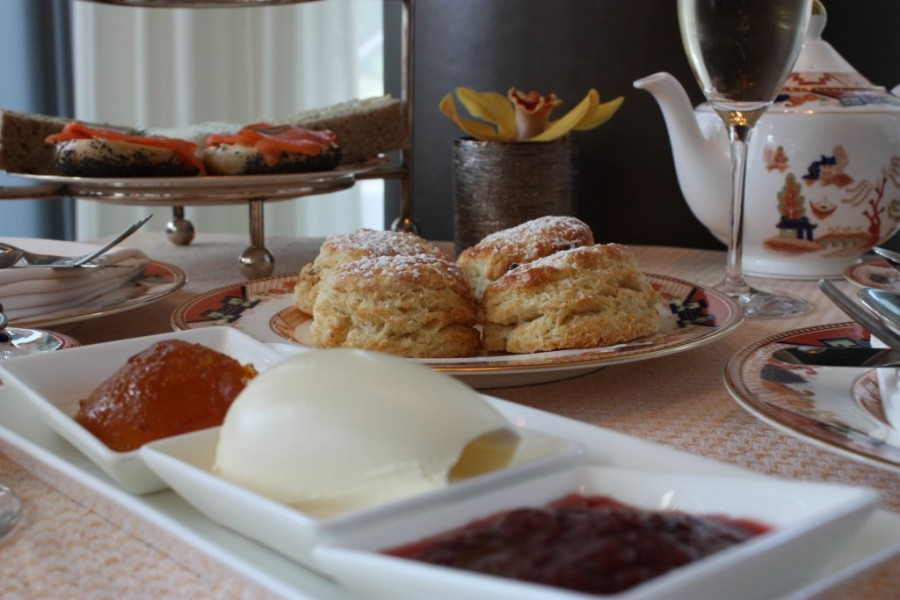 afternoon tea at shangri-la vancouver