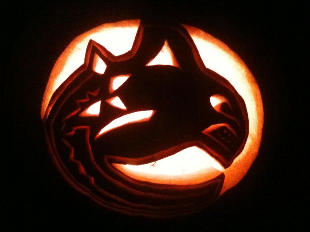 Jack O'Lantern Canucks Pumpkin