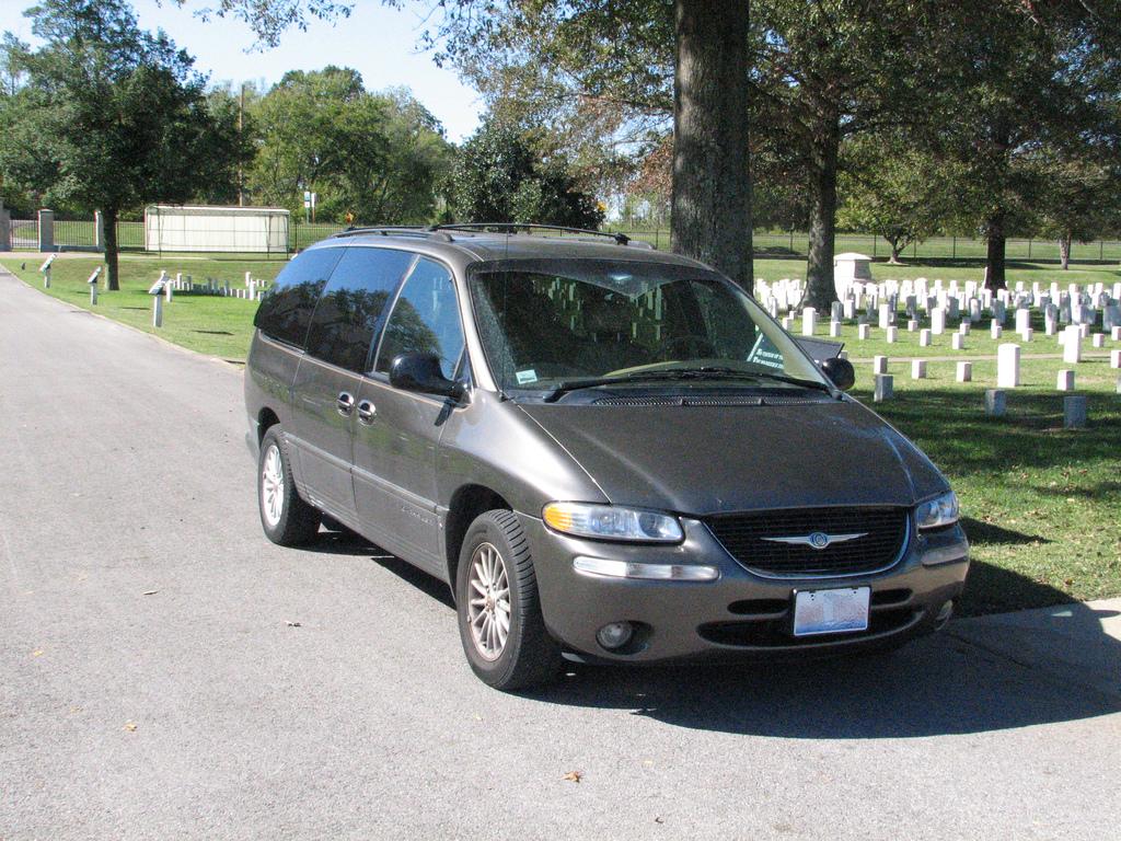 Dodge Minivan 1999