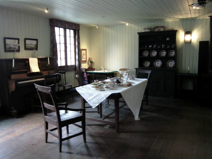 The Big House's dining room at Fort Langley.