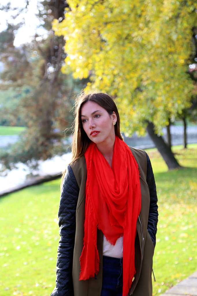 Obakki Foundation: Red Scarf