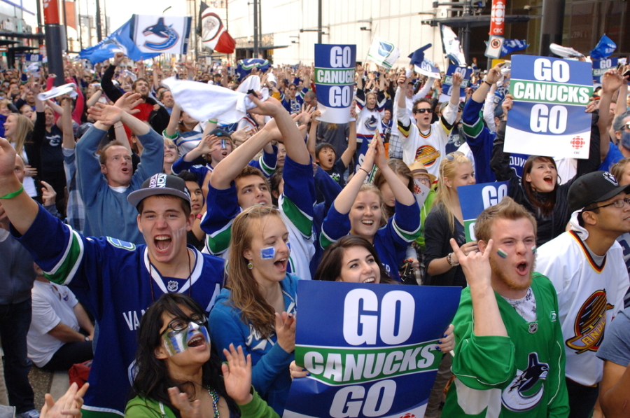 vancouver canucks fans viewing party downtown