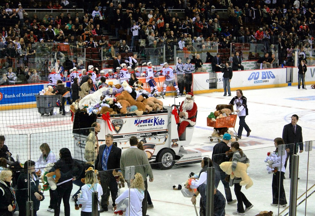 vancouver giants teddy bear toss