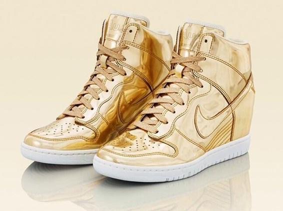 Nike Dunk Sky High 5