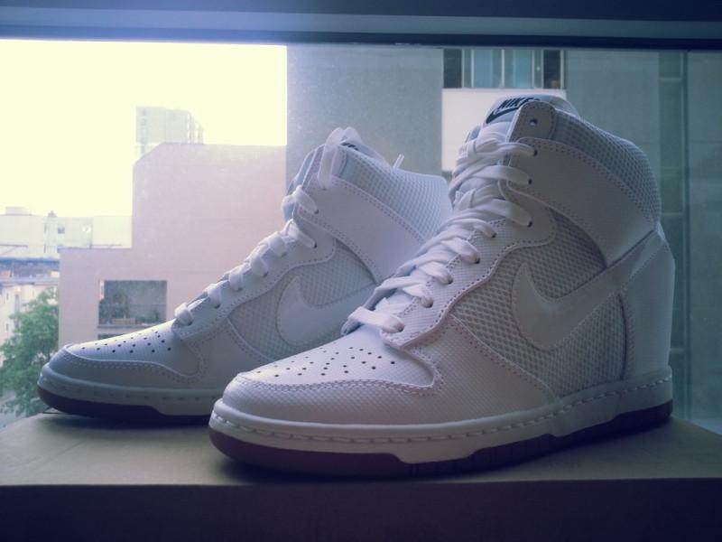 Nike Dunk Sky High 6