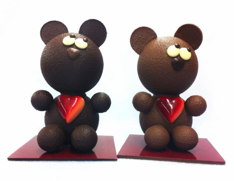 Love Bear by Chocolate Arts