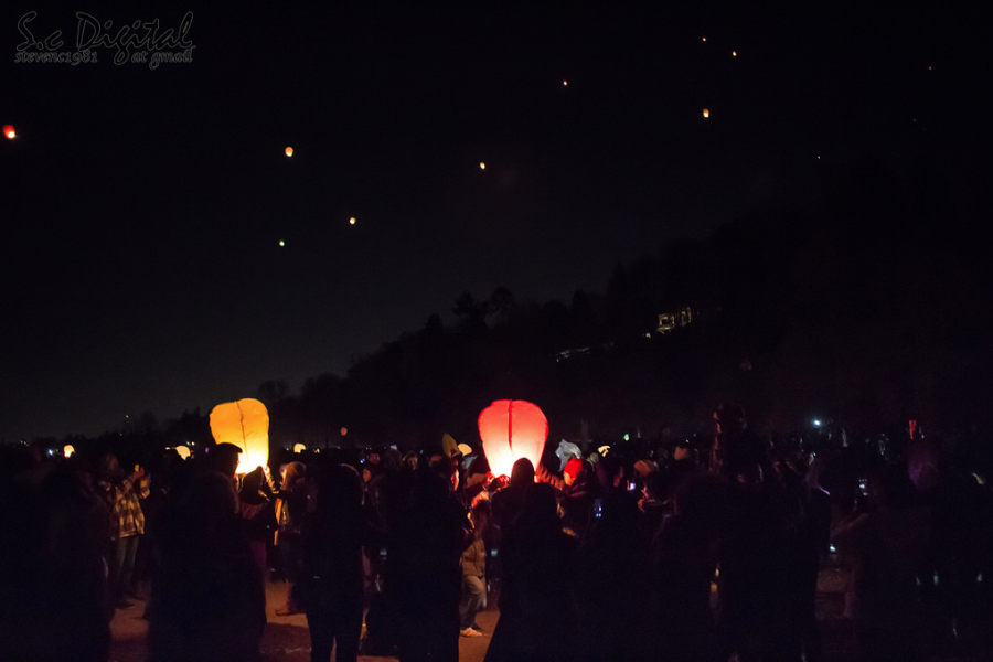 Chinese New Year Sky Lantern Release Spanish Banks Vancouver