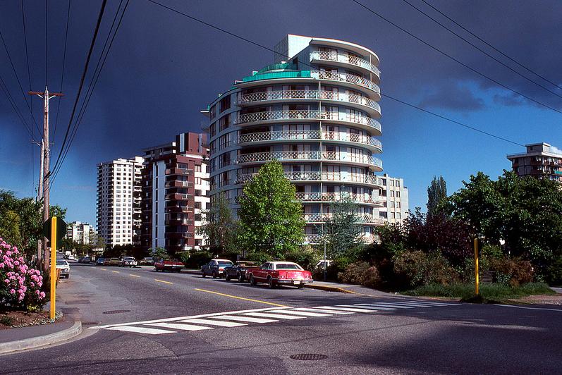 vancouver 1978 - shoreland apartments