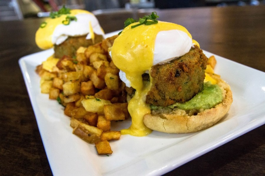Crabcake Benny. Photo by Charles Zuckermann