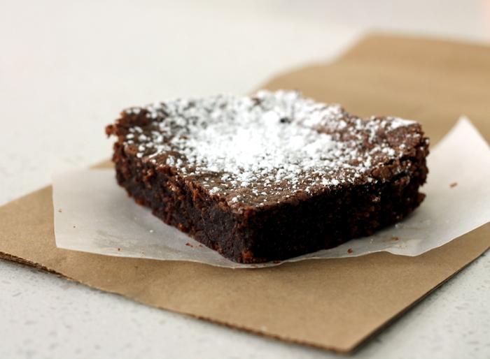 Flourless Almond Brownies