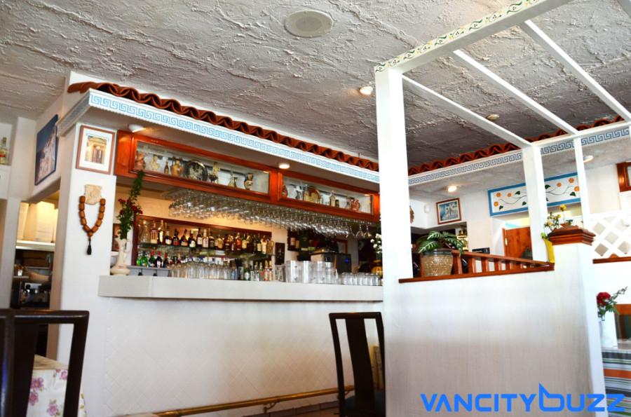 Bar at Stepho's Souvlaki Greek Taverna Courtesy of Sarah Kucharski