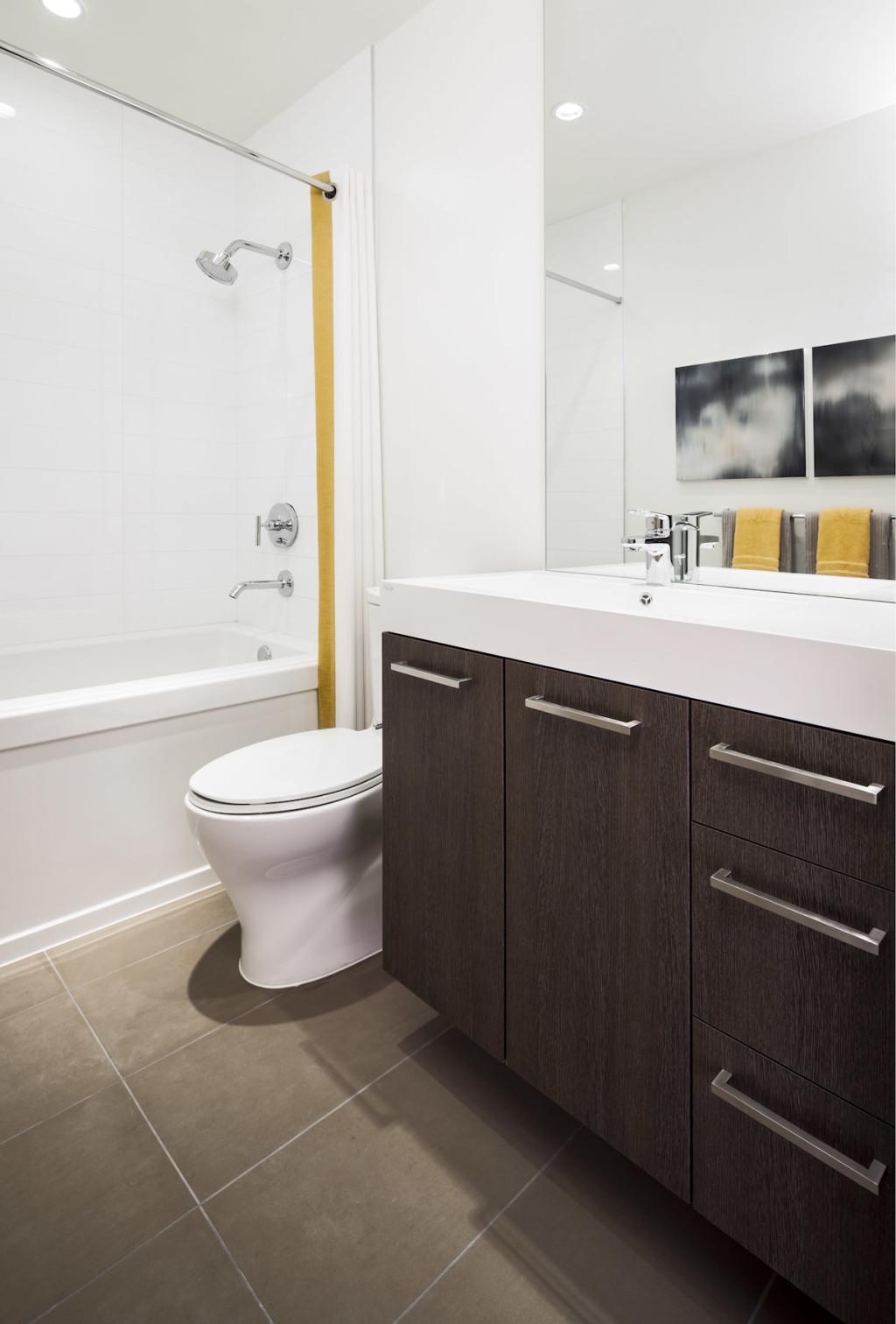 Altitude Display Home - Main Bath