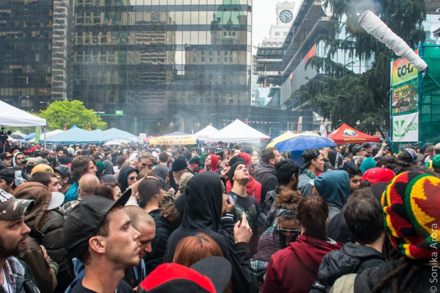420 Vancouver Art Gallery Marijuana Pot Smoke Out