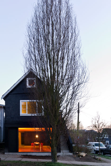 Studio-in-Vancouver-by-Scott-and-Scott-Architects_dezeen_1