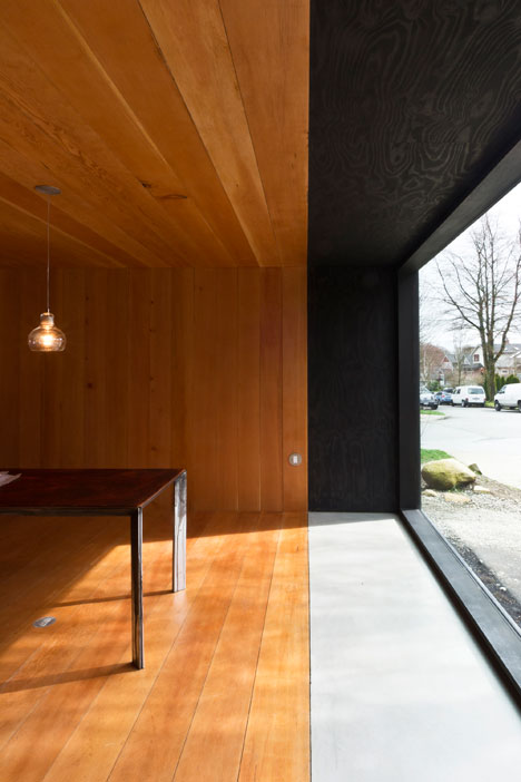 Studio-in-Vancouver-by-Scott-and-Scott-Architects_dezeen_3