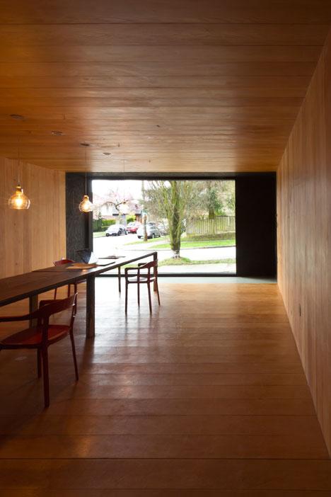 Studio-in-Vancouver-by-Scott-and-Scott-Architects_dezeen_5