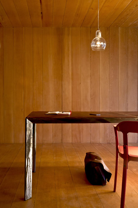 Studio-in-Vancouver-by-Scott-and-Scott-Architects_dezeen_6
