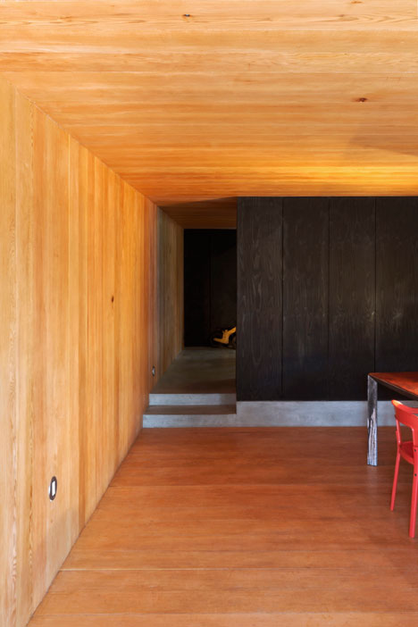 Studio-in-Vancouver-by-Scott-and-Scott-Architects_dezeen_7