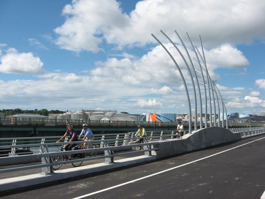 Image: City of Portland Veterans Memorial Bridge