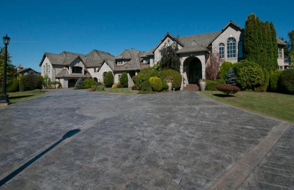 Chad Kroeger abbotsford mansion 1