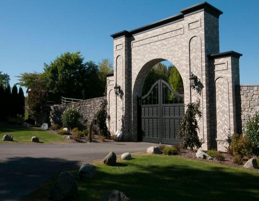 Chad Kroeger abbotsford mansion 2