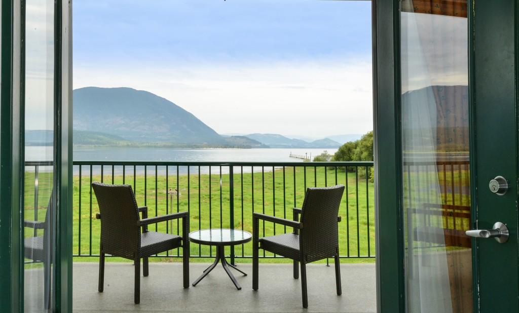 Deluxe King Balcony Guestroom - View 2