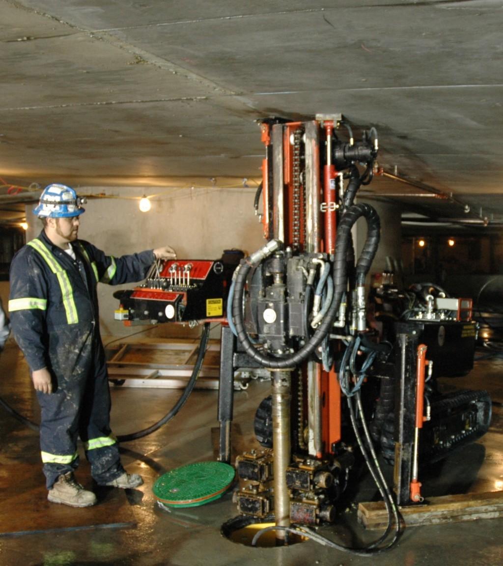 Fenix Energy Low Headroom Drill Rig
