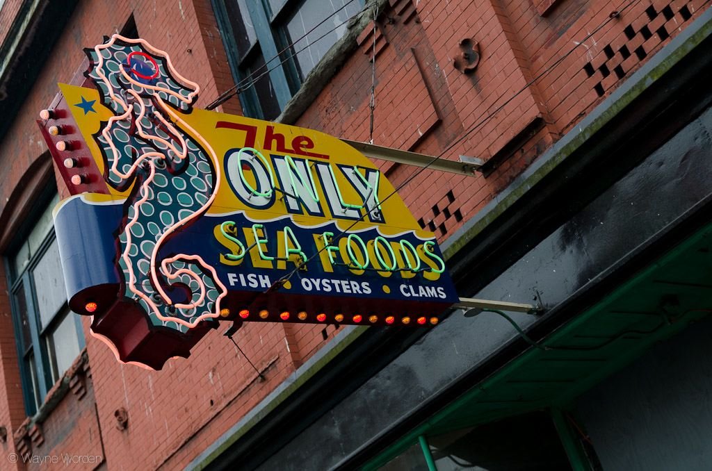 the-only-seafoods-sign