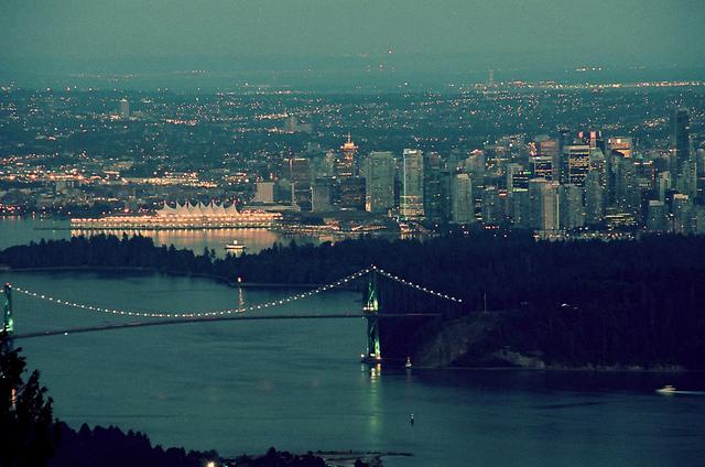 vancouver-skyline-2014