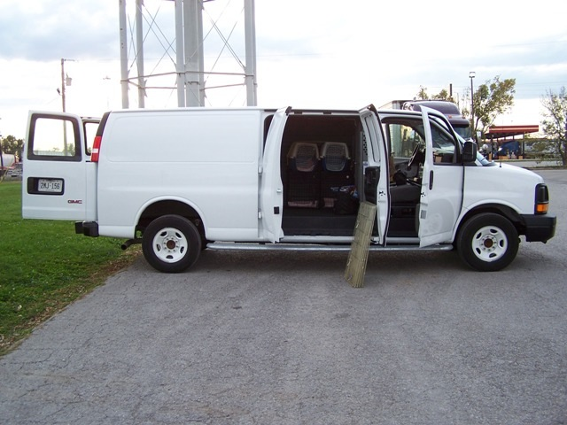 Big & Small is looking for a van like this one.